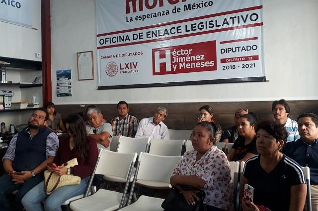 Locatarios de Atlixco buscan a diputado federal para detener operativos