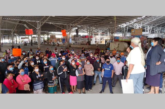 Comerciantes de Tehuacán rechazan regreso de solo el 30%