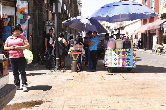 Comercio informal sin control en Puebla acusan diputados federales