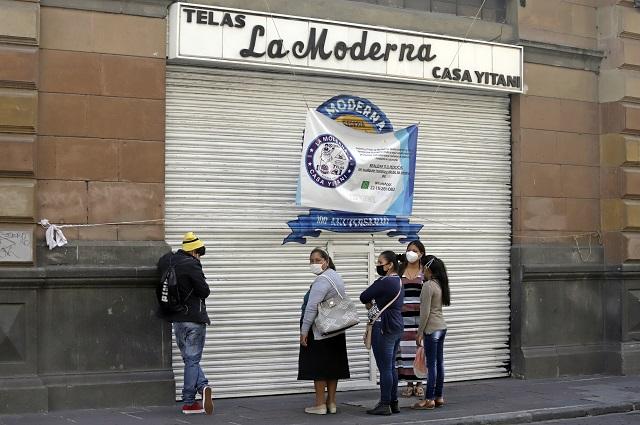 Apenas 1 de cada 3 negocios en Puebla llega a los 10 años