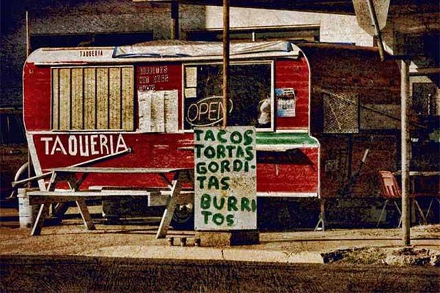 Los mexicanos comen mucha comida rápida nacional