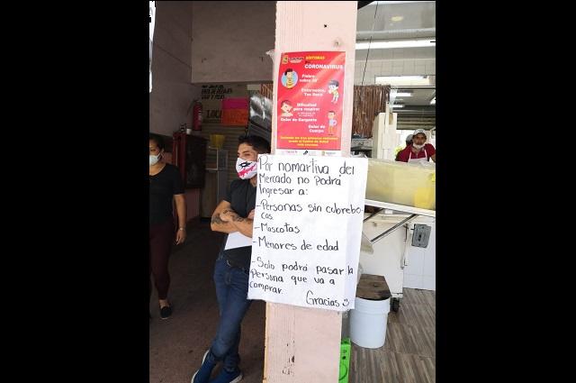"""Reinician actividad comerciantes de """"los portales"""" en Teziutlán"""