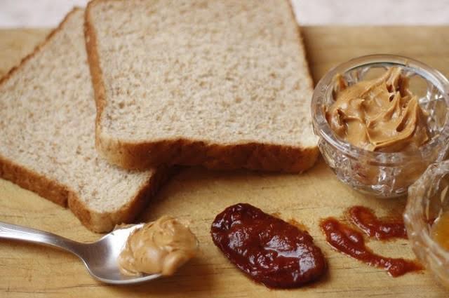 10 alimentos que puedes comer aunque estén caducados… ¿será?