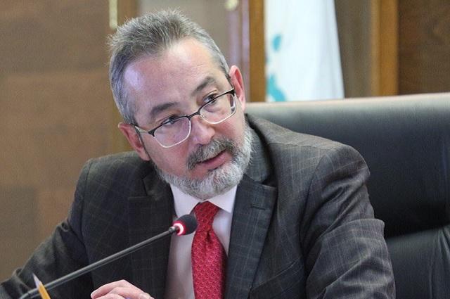 Comisionados del INAI dispuestos a ganar menos que AMLO