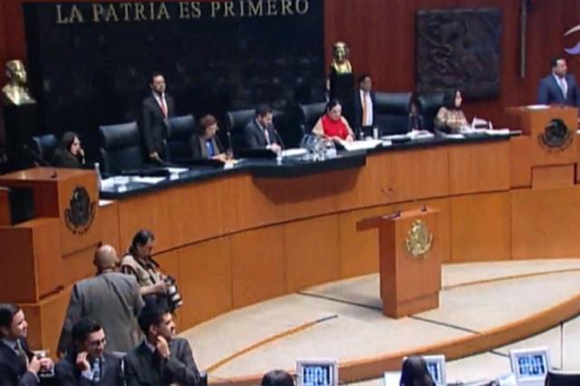Morena prepara iniciativa para regular las comisiones bancarias