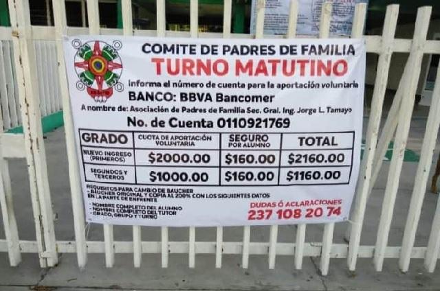 Acusan cuotas excesivas en escuelas de Tehuacán