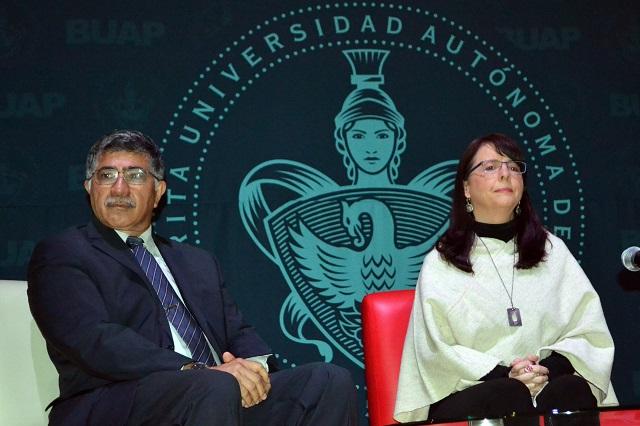Directora general del Conacyt impartió conferencia en la BUAP