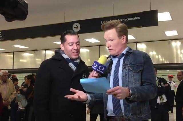 Conan O'Brien pide asilo por cuatro años a su llegada a México
