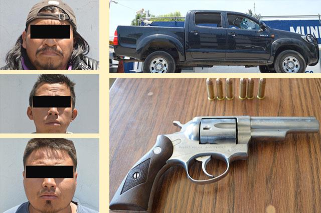 Detiene a tres hombres por portar arma sin licencia