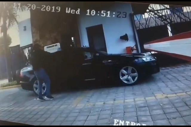 Video: conductor escapa de asalto en fraccionamiento La Misión