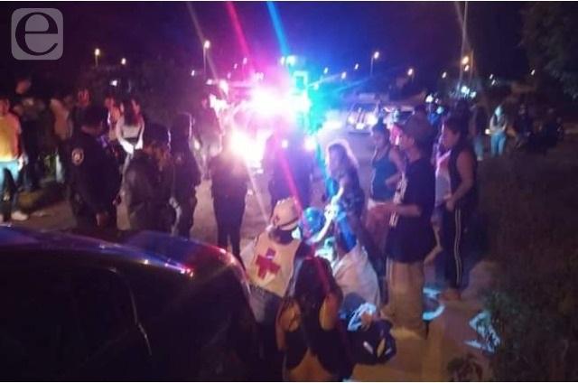 Conductor ebrio choca y abandona a sus hijos en Tehuacán