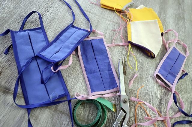 Más de 700 empresas textiles ahora fabrican cubrebocas