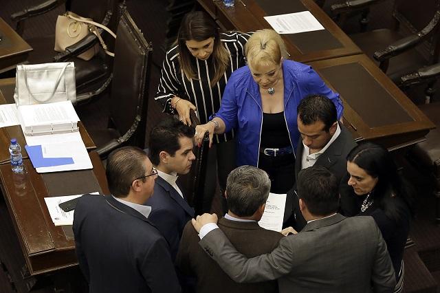 Fracasa intento de Morena por remover al fiscal sustituto Higuera