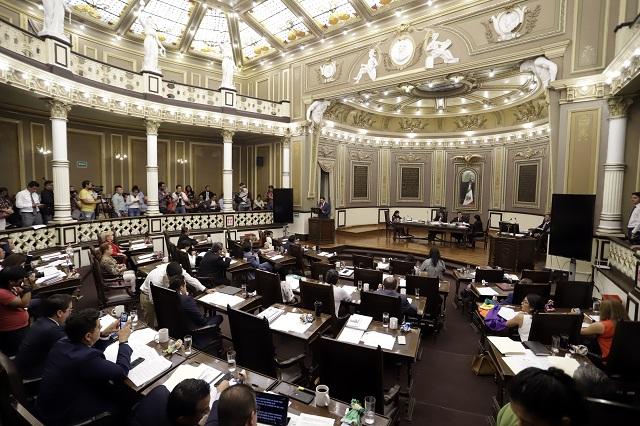 Avalan en Puebla Reforma Educativa y prohibición de plástico