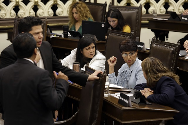 Aparecen más votos que diputados al avalar reforma a Ciudad Modelo