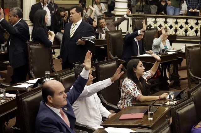 Con voto del PAN pasará reforma de Barbosa contra aborto