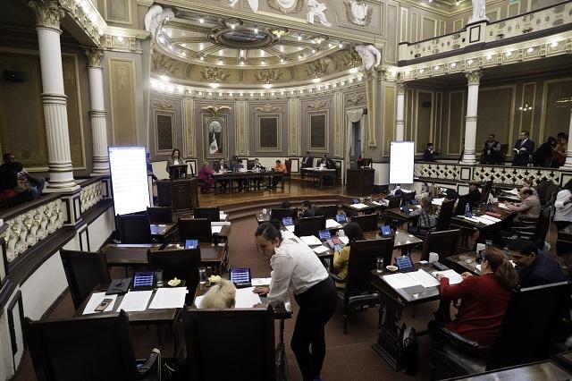 Barbosa pide al Congreso crear institutos de Deporte y Juventud