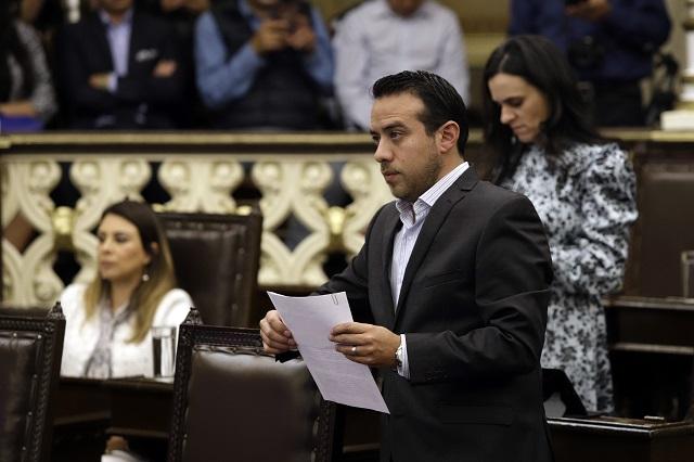Jiménez, firme en coordinación del PAN pese a oposición