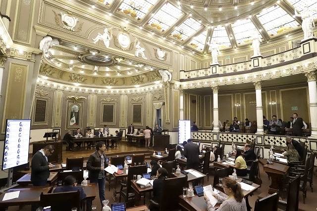 Tienen diputados de Puebla 180 días para legislar la Ley Olimpia