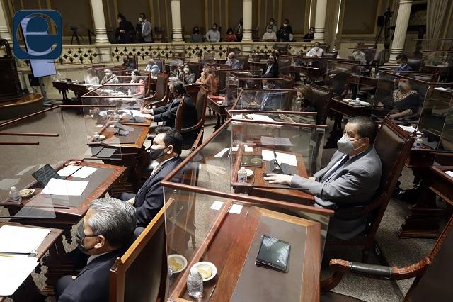 Rotan cargos en el Congreso a 2 meses de concluir gestión