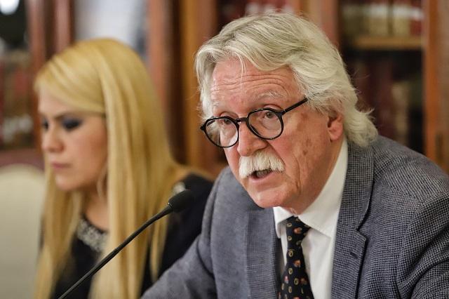No aclara Barbosa supuesto relevo de Glockner en Cultura