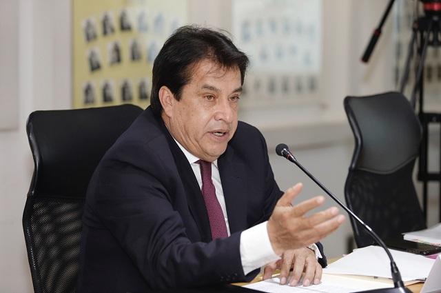Perfilan a Félix Cerezo para la CDH; alteran convocatoria