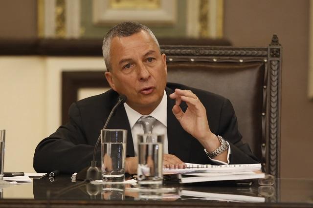 Diputados exigen investigación a Carrancá antes de su renuncia