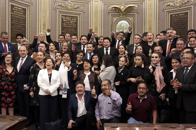 Congreso analiza controvertir toma de protesta de Alonso