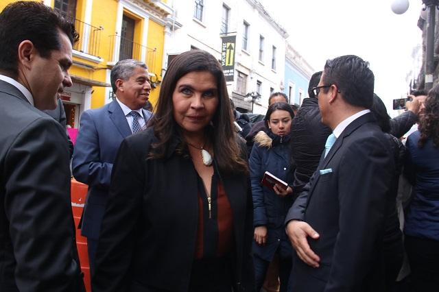 Van contra Layón por privatizar agua en Texmelucan: ella lo niega