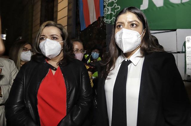 Congreso llama a cuentas a Rivera tras intervenir por feministas