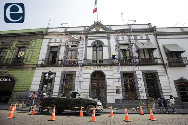 """Líderes de partidos y sus parientes, """"pluris"""" en Congreso de Puebla"""
