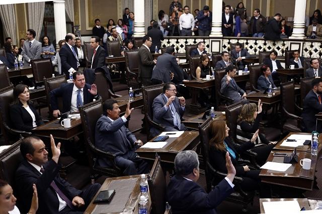 Con votos del PRI, Congreso aprueba cambio total en CAIP