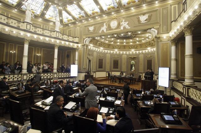 Recibe Congreso paquete de 51 leyes municipales de ingresos