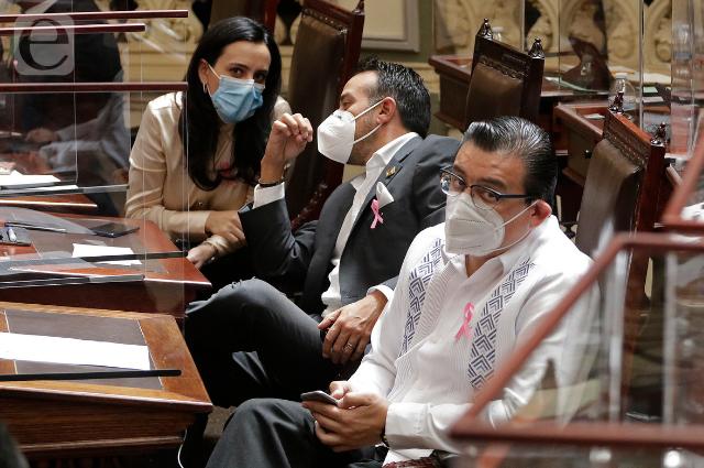 Diputados del PAN analizan Ley de Ingresos de la capital