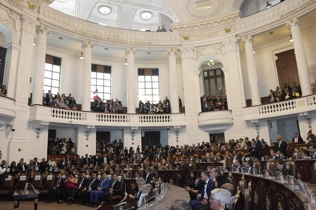 Instalan el primer Congreso de la CDMX y rinden protesta 66 legisladores