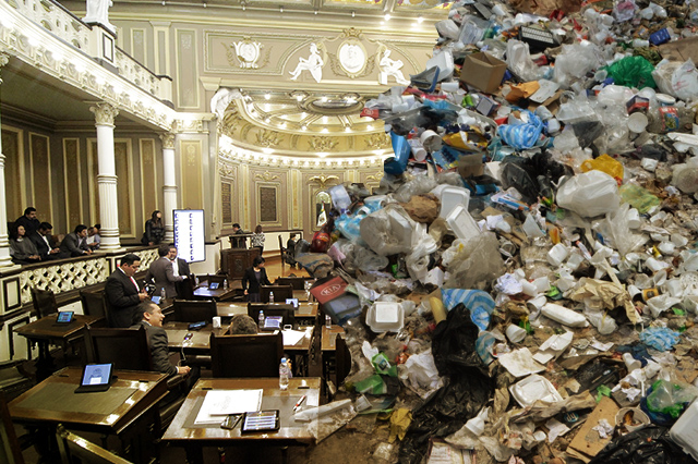 Privatizan servicio de limpia por 30 años en 9 municipios