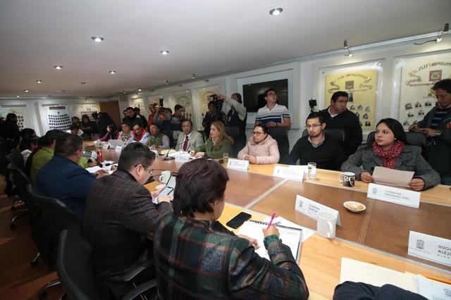 Presupuesto en Puebla premia Bienestar y recorta en Educación
