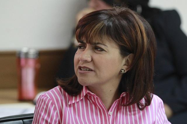 Dos consejeros se deslindan de acuerdos de mayoría en el IEE