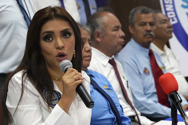 Consejo Taxista pide al gobierno trato parejo y nuevos permisos