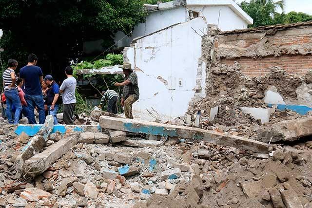 CMIC también se deslinda de daños en obras por sismos