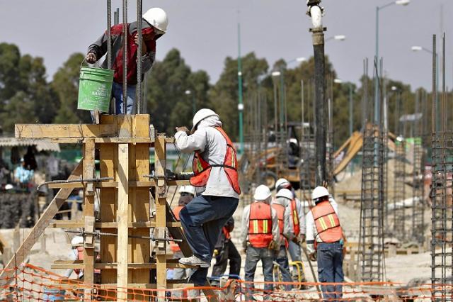 Aumentan valor y personal ocupado en sector de la construcción: Inegi