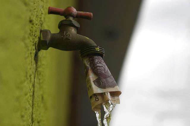 Lozano: San Pedro Cholula cobra por sanear agua y no cumple