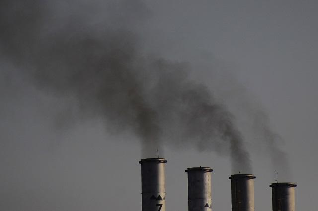 Abandonan plantas de carbón, Japón construye 8 en dos años, planea 36