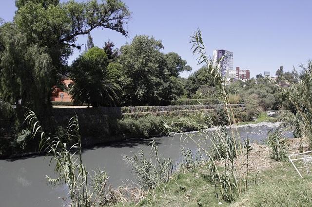 Urge que plantas de tratamiento operen para el río Atoyac: Ibero