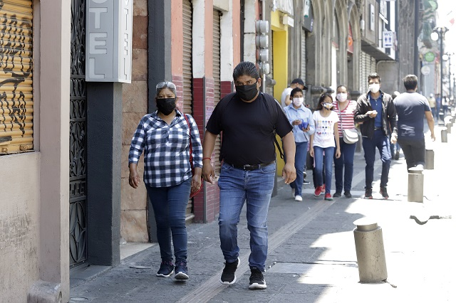Con amparo, quieren reabrir paso en el Centro de Puebla