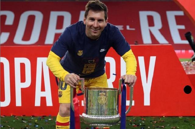 Messi acepta rebaja del 50% en sueldo para seguir en Barcelona