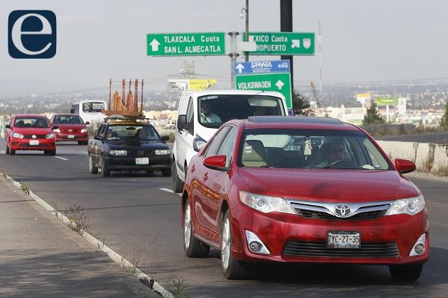 Ni detenciones ni corralón por deber control vehicular: Barbosa