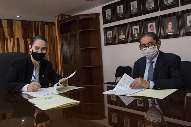 Firman convenio IMSS y Hospital Universitario BUAP