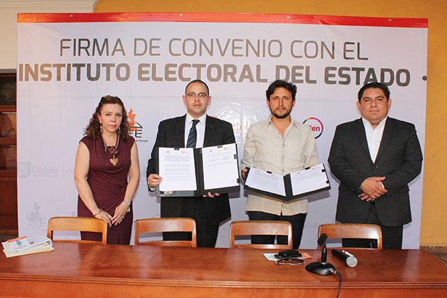Firman IEE y ayuntamiento de San Pedro Cholula convenio de colaboración