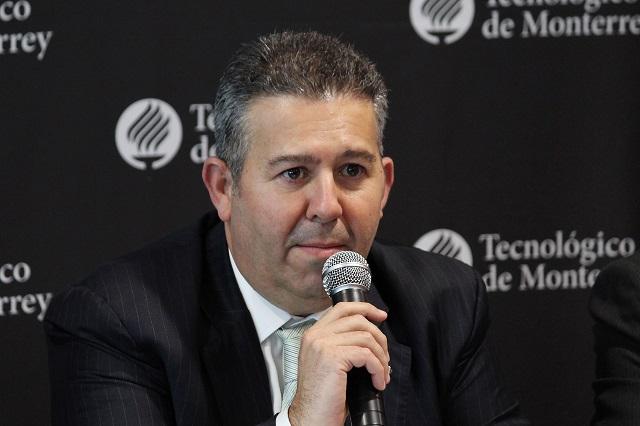 Pide Coparmex Puebla no caer en pánico ante el Covid-19